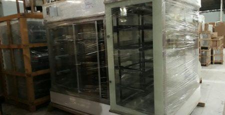 Giá tủ trưng bày bánh sinh nhật